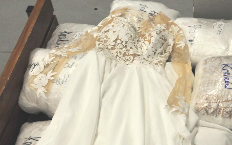 Aktualne GRANICA: Nie tylko papierosy – tym razem nawet suknie ślubne CB25