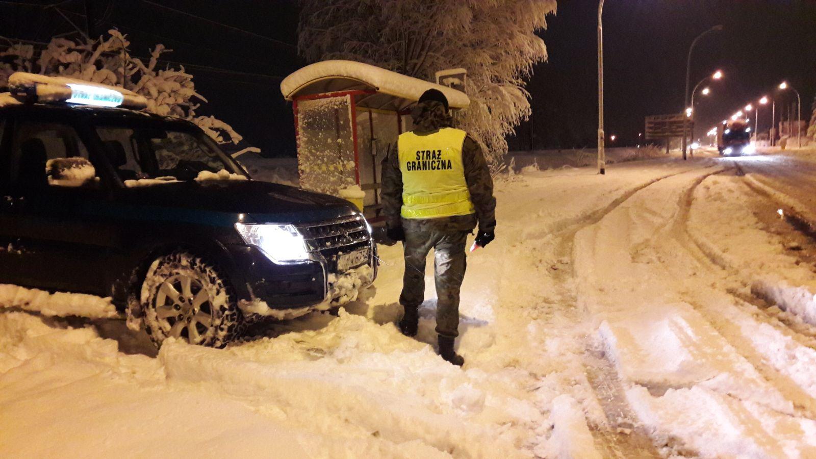 Patrol SG dokonujący kontroli drogowej / foto. arch. BiOSG