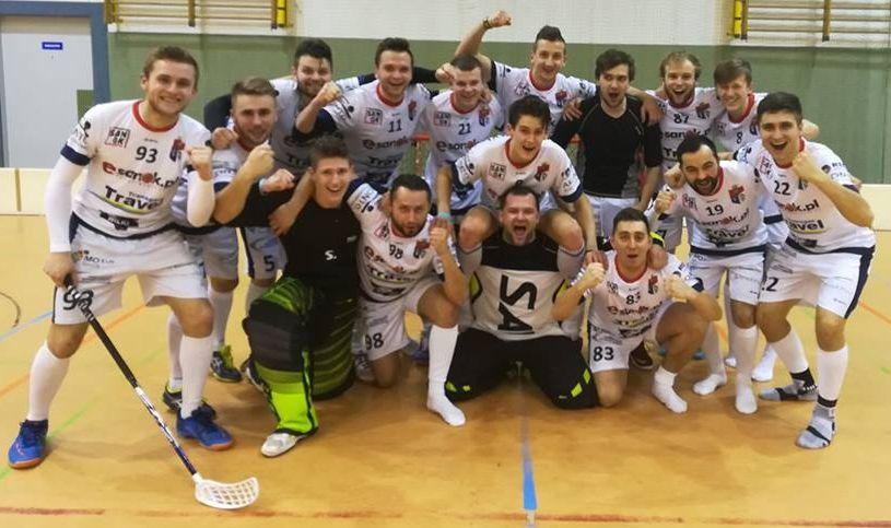 Bieszczady24.pl Wilki Sanok po zwycięstwie w sobotnim meczu. Foto: Wilki Sanok / fb