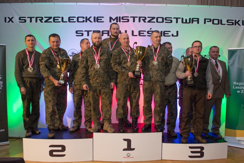 DR.0620.118.2016 1  Jako trzecia na podium drużyna z RDLP w Krośnie