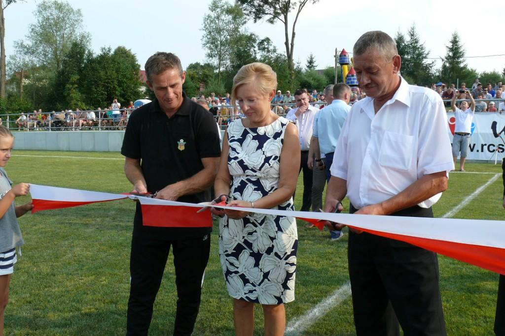 Otwarcie stadionu w Pisarowcach