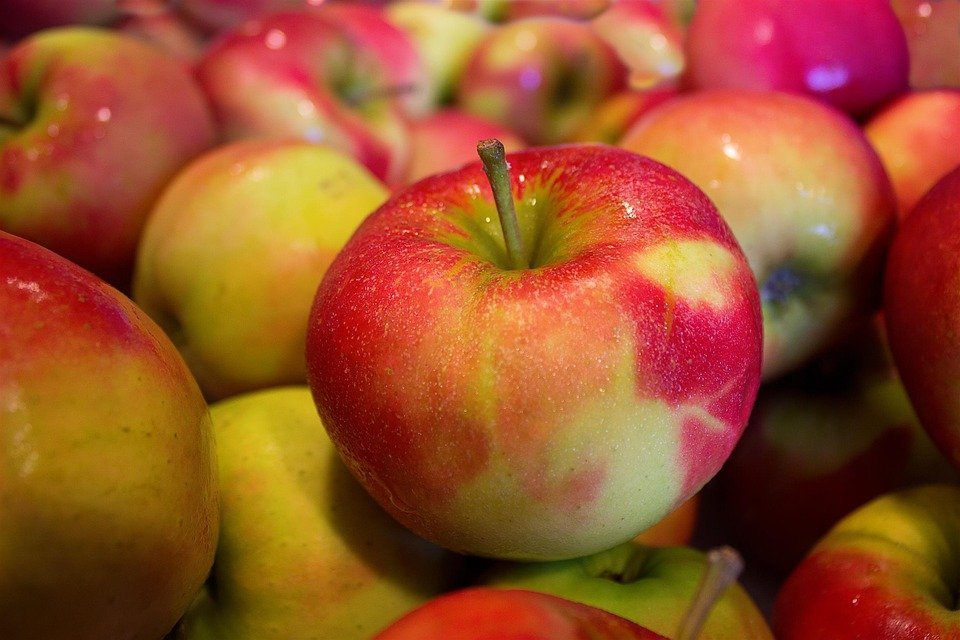 apples-490474_960_7201
