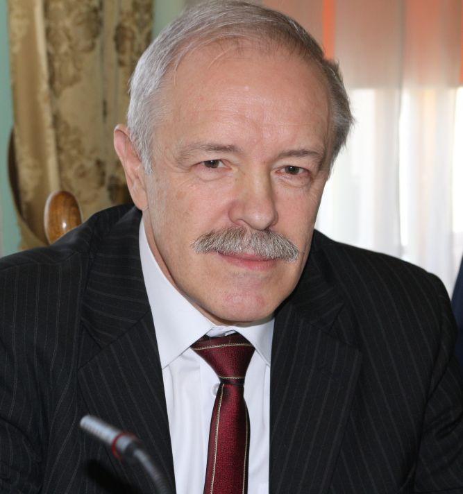 Adam Ryniak zastąpił Grażynę Rogowską- Chęć na stanowisku przewodniczącej komisji rewizyjnej.