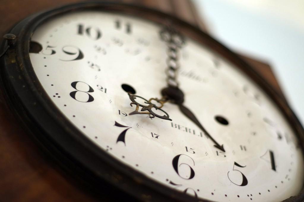 clock-1528798_1280