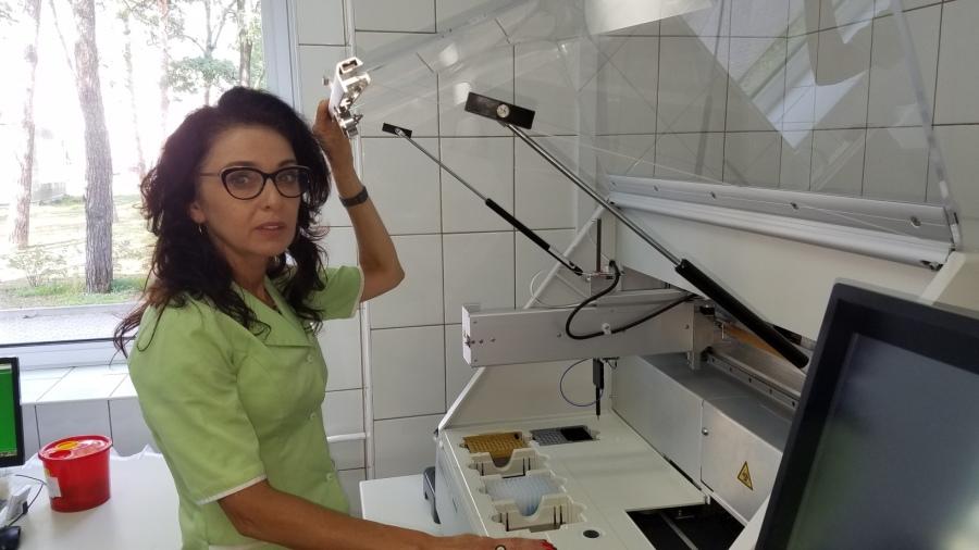 mgr Małgorzatą Błażejowską, kierownik Laboratorium Mikrobiologicznego w Szpitalu Specjalistycznym w Mielcu
