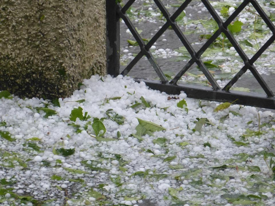 hail-189519_960_720