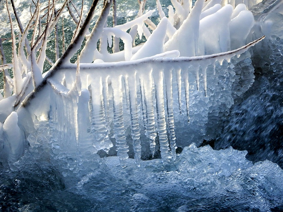 icicles-3157278_960_720