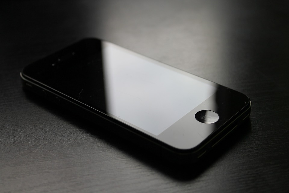 iphone-654728_960_720