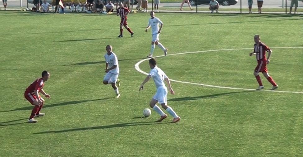 Na sztucznym boisku w Lesku, piłkarze Ekoballu mieli problemy ze skutecznością. Miejmy nadzieję, że na Wierchach będzie o wiele lepiej