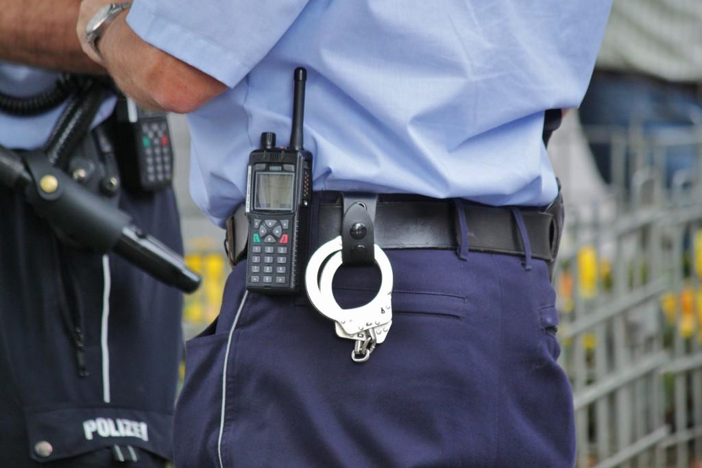 police-504811_1920