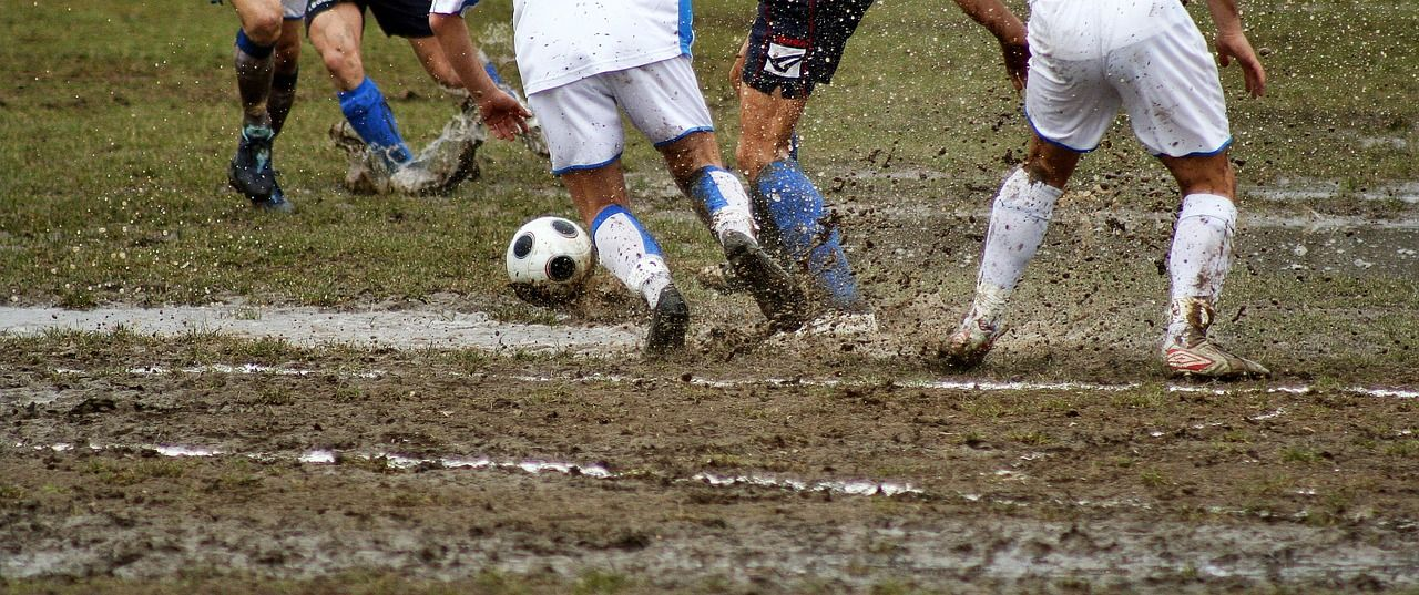 soccer-1141184_1280