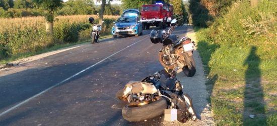 Motocyklista najechał na tył przyczepy. Zmarł w szpitalu