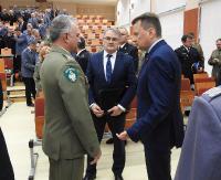 Minister Błaszczak spotkał się ze służbami mundurowymi (ZDJĘCIA)
