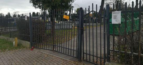 SANOK: Uszkodzenie bram cmentarzy zgłoszono na policję (ZDJĘCIA)