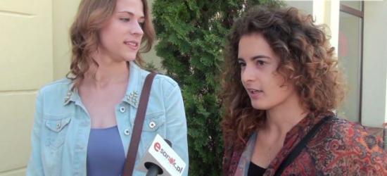 Wakacje sanoczan, czyli praca za granicą i… Skansen (SONDA, FILM)