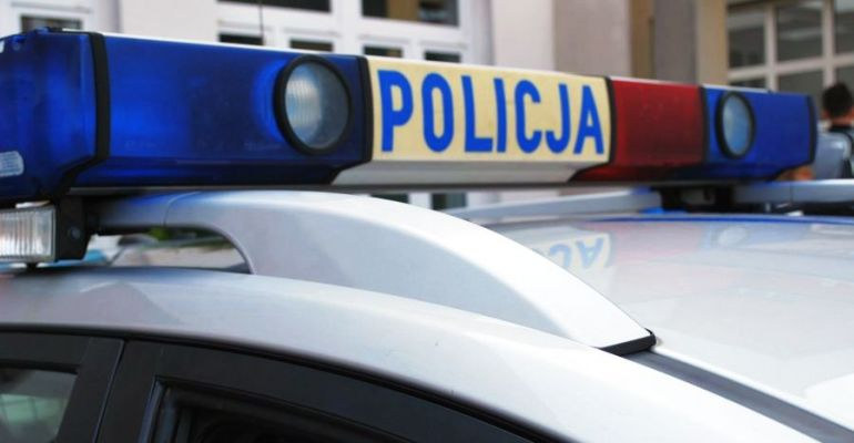 Policjanci dbają o porządek podczas eurowyborów
