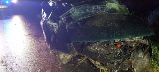 REGION: Pijany kierowca seata dachował uciekając przed policją (FOTO)