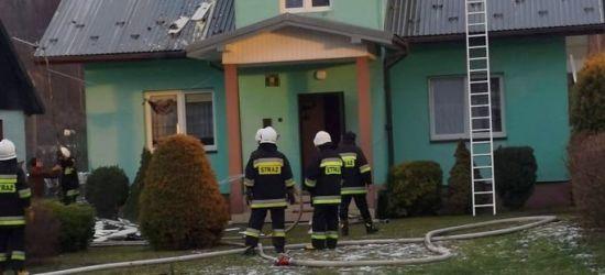 Pożar domu w Pielni. Akcja strażaków (ZDJĘCIA)
