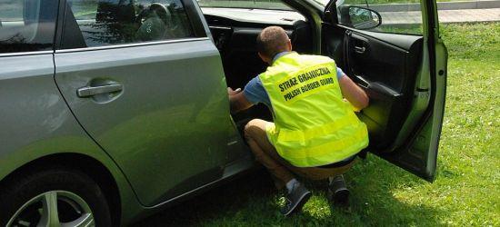 Trzy pojazdy z kradzieży? Wspólna akcja policji i pograniczników