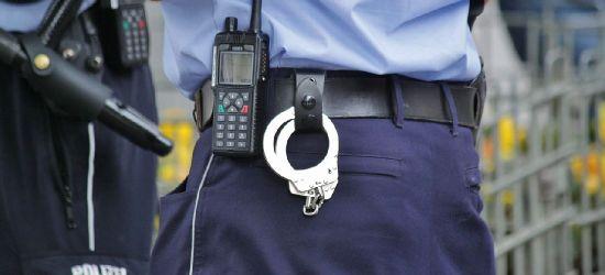 REGION: 18-letni złodziej zabierał biżuterię i gotówkę