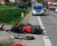 16 letni motorowerzysta ranny w zderzeniu z oplem (ZDJĘCIA)