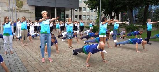 Urzędnicy marszałka wzięli udział w #GaszynChallenge (VIDEO)