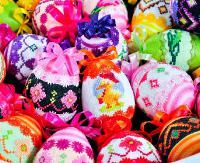 DZISIAJ: Kolorowe pisanki, palmy i baranki. Rusza XXII Wystawa Wielkanocna
