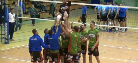 SIATKÓWKA: TSV wygrywa w Ropczycach 3:0 i umacnia się na pozycji lidera II ligi (FILM)