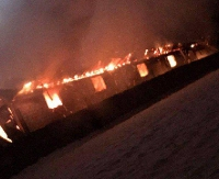 Pożar w Zahutyniu. Zakład drzewny spłonął doszczętnie (ZDJĘCIA)