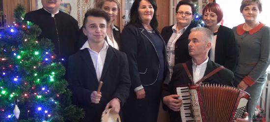 """III SANOCKA AKCJA ŚPIEWANIA KOLĘD: Zespół Szkół nr 1 w Sanoku – """"Gdzie się nam podziały"""""""