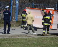 KROSNO: Dostała się pod koła naczepy ciężarówki. Zginęła na miejscu (FILM, ZDJĘCIA)