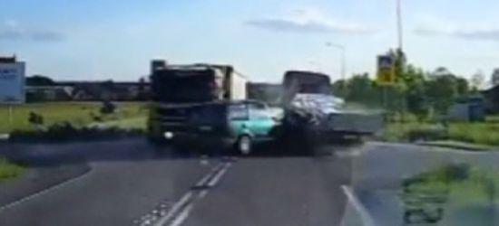 PODKARPACIE: Groźny wypadek. Nagranie z kamerki samochodowej! (VIDEO, FOTO)