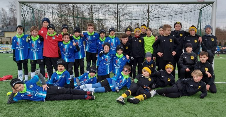 Akademia Piłkarska WIKI Sanok grała z Wieczystą Kraków (FOTO)