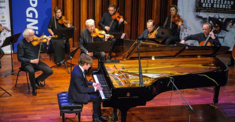 """Podsumowanie """"sanockiej"""" części forum pianistycznego """"Bieszczady bez granic"""" (VIDEO, ZDJĘCIA)"""