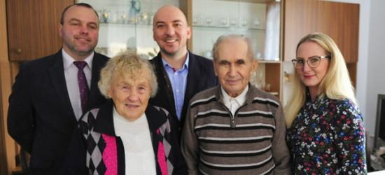 70 lat wspólnego życia! Małżonkowie obchodzili piękny jubileusz (FOTO)