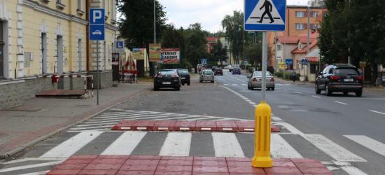 SANOK: Dwie nowe wysepki i remont chodnika. GDDKiA zakończyła prace na sanockich drogach (ZDJĘCIA)