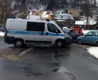 KRONIKA POLICYJNA: Kolizyjne domino na Lipińskiego, skradziony portfel z toalety i pobicie