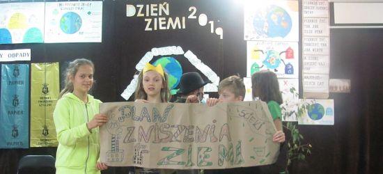 SANOK: Uczniowie nie zapomnieli o Matce Ziemi (FOTO)