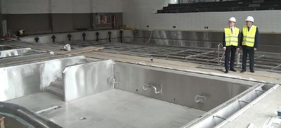 SANOK: Raport z budowy basenów. W przyszłym tygodniu test szczelności niecki (FILM)
