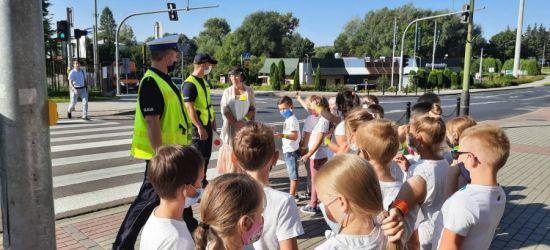 Bezpieczna droga do szkoły z sanocką policją (ZDJĘCIA)
