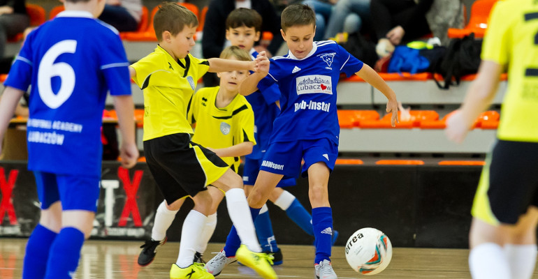 Turniej Mikołajkowy Akademii Piłkarskiej Sanok (FOTO)