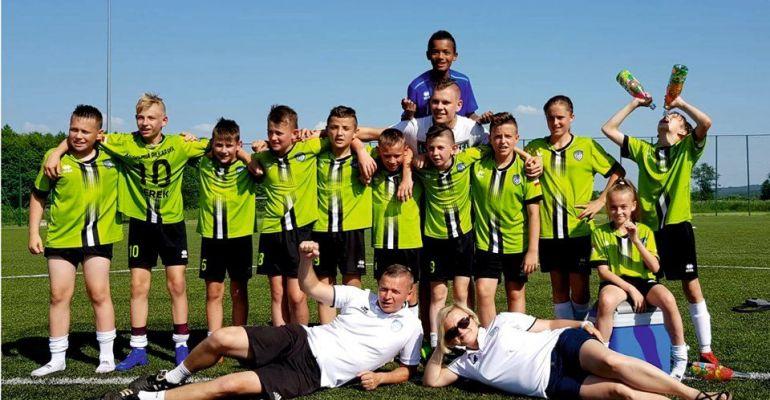 Mistrzostwo Podkarpacia w roczniku 2007 dla Akademii Piłkarskiej WIKI Sanok! (FOTO)