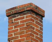 Zbliża się sezon zimowy. Zadbaj o drożność kominów, ciągów wentylacyjnych (FILM)