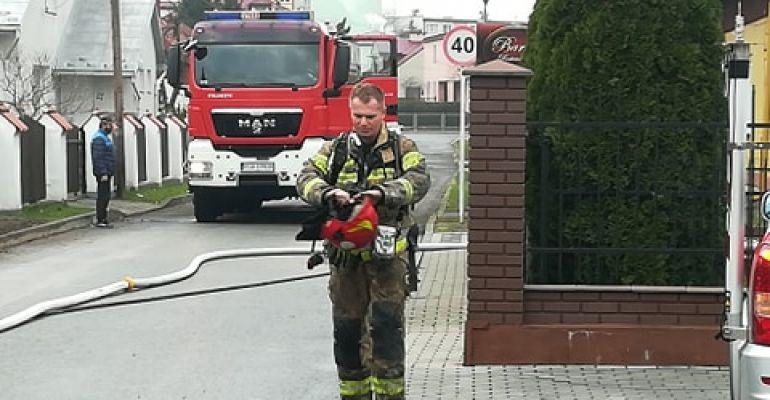 SANOK: Pożar przy ulicy Szafera (VIDEO, FOTO)
