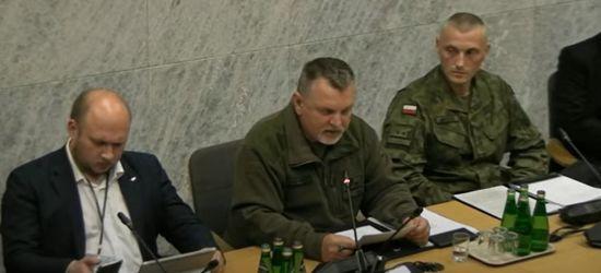 Żołnierze w Sejmie ujawniają fakty ws. PRZYMUSU $ZCZEPIEŃ. Profesor ZAPAŁOWSKI alarmuje (video)
