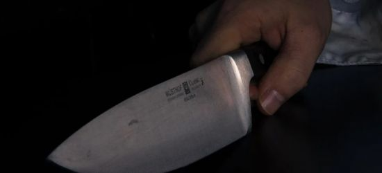 PODKARPACIE. Śmierć 28-latka! Kobieta zadała mu cios nożem w szyję
