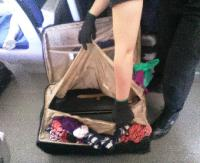 NA GRANICY: W walizce znaleźli 8-letniego chłopca (AUDIO, ZDJĘCIA)