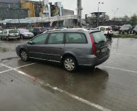 PARKOWANIE PO SANOCKU: Na czterech, czy dwóch miejscach też można zostawić samochód! (ZDJĘCIA)