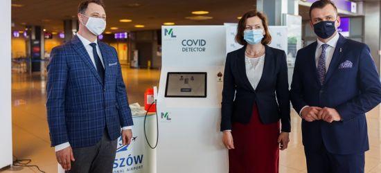 Covid Detector na lotnisku w Jasionce. Będzie badał pasażerów (FOTO)