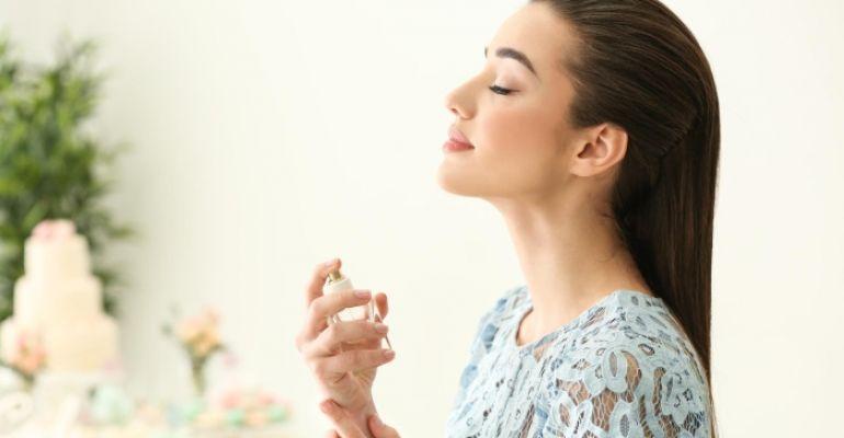 Zaproszenie do świata perfum – poznaj ich historię